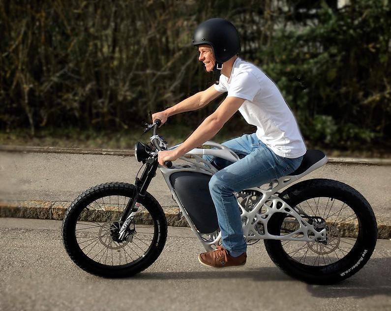 Chiếc mô tô đầu tiên trên thế giới được chế tạo bằng công nghệ in 3D